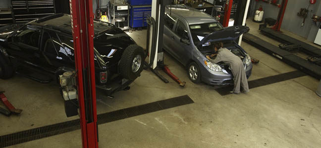 5 Smells That Indicate It's Time for Auto Repair