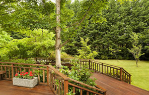 How landscape value can be boosted-up by customized landscaping?