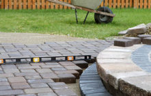 How to get a decorative appeal with colorful stone patios?